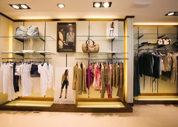 Як назвати магазин одягу